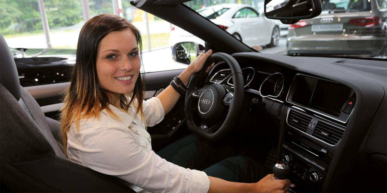 Anna Fenninger Im Audi Rs5
